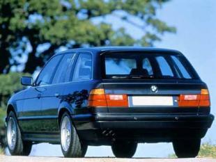 540i V8 cat Touring
